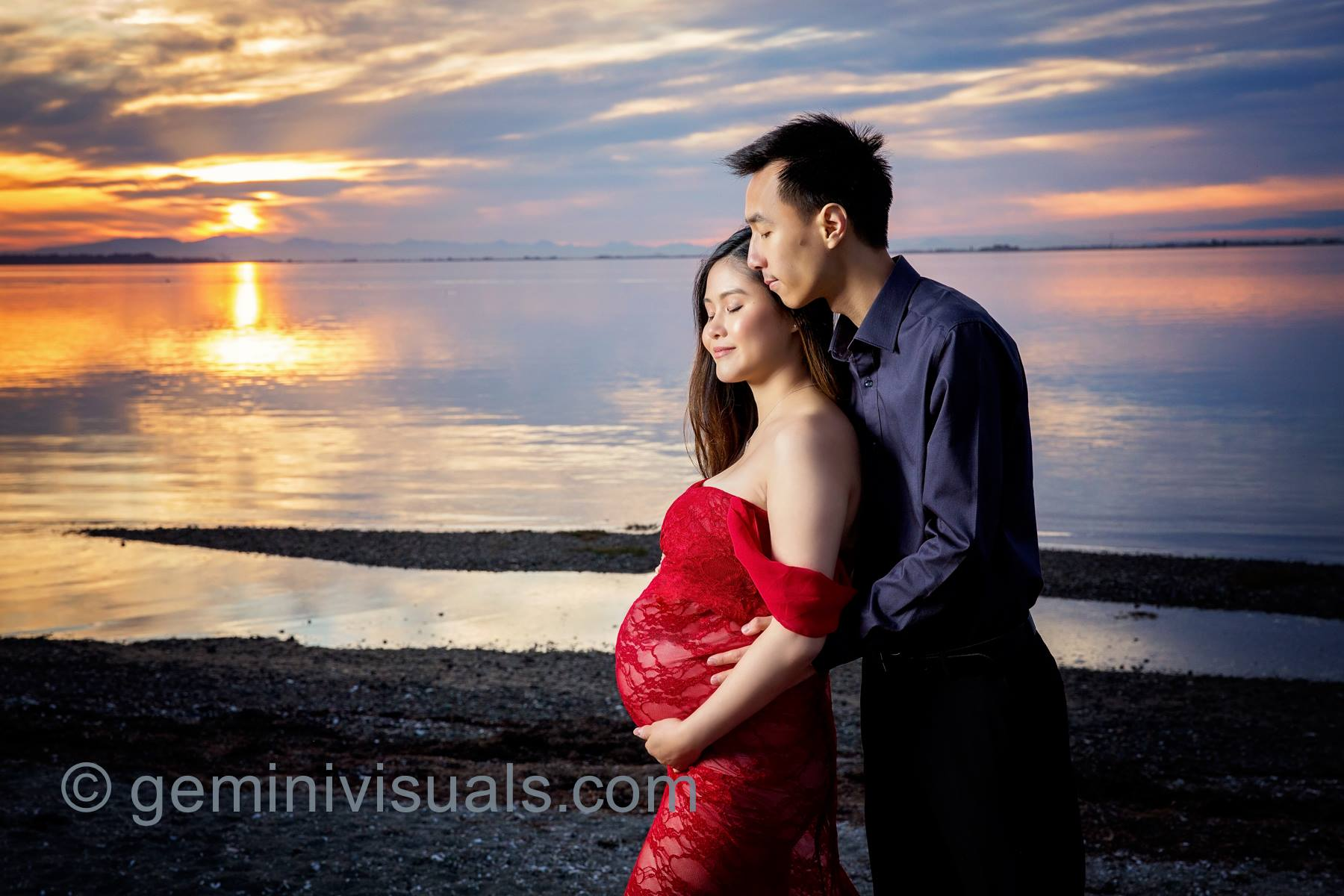 beach photo shoot, gemini visuals photography, surrey bc