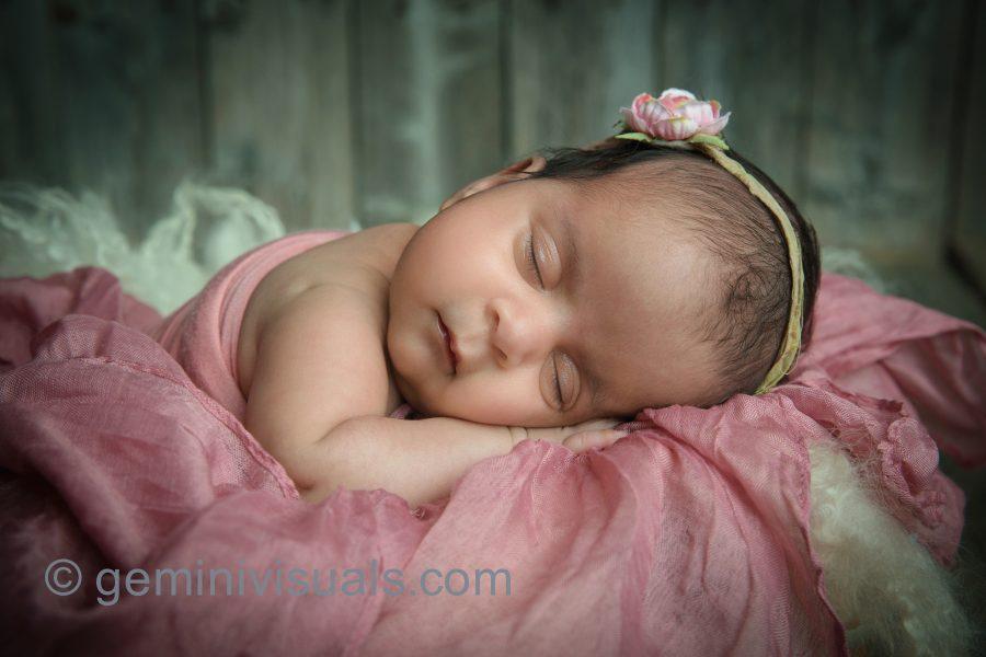 newborn photography, surrey newborn photos, gemini visuals,newborn baby